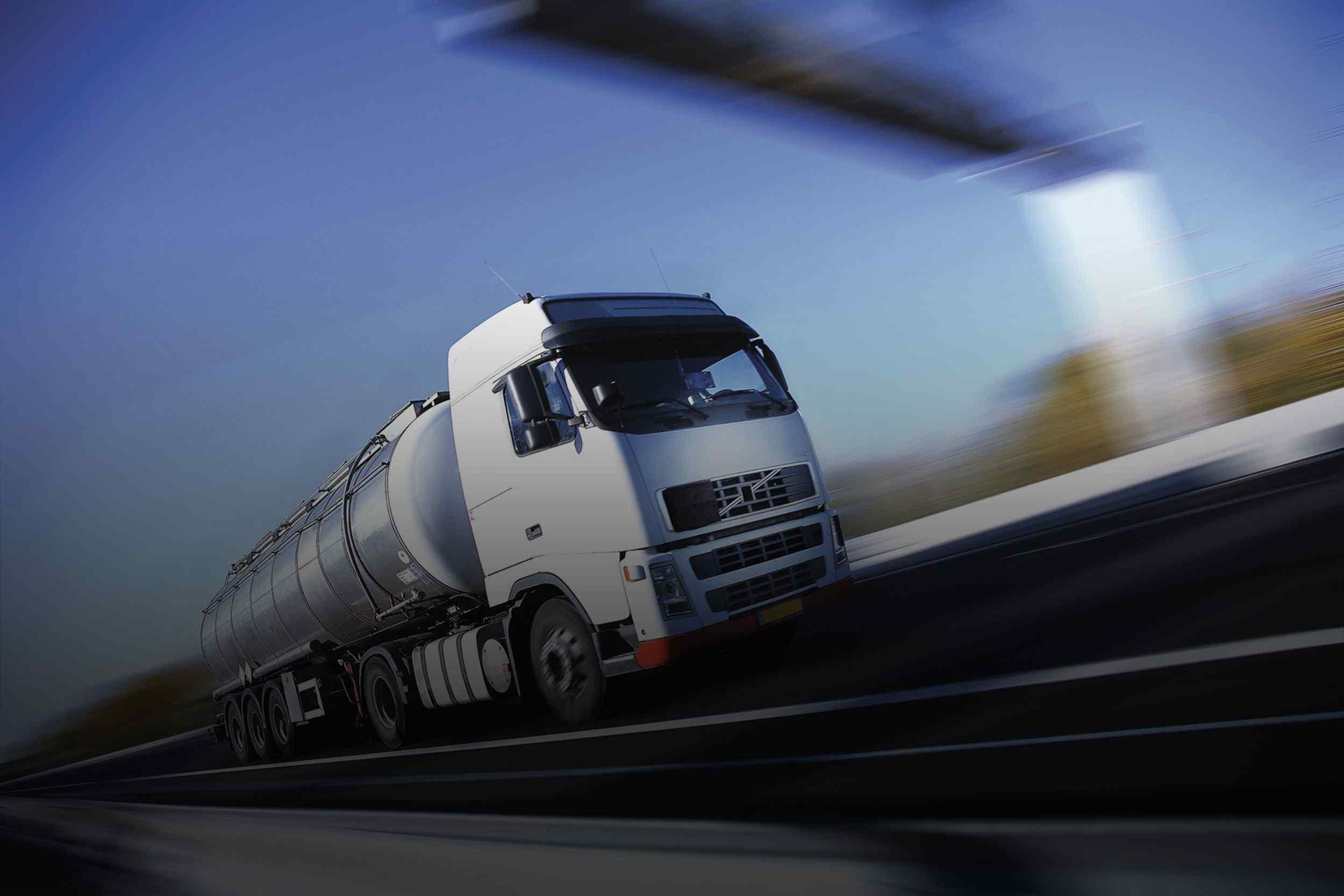 http://shadowtrans.co.za/wp-content/uploads/2015/09/White-Truck-single.jpg