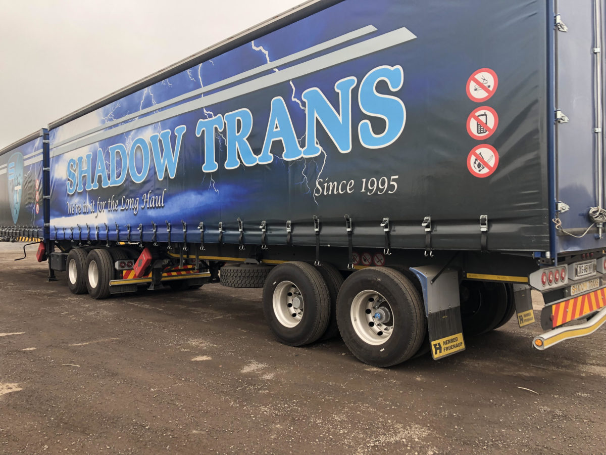 Rear-view-of-trailers-1200x900.jpg